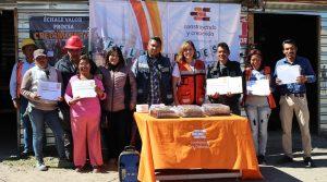 Entrega de reconocimientos en Serratón gracias a Procsa