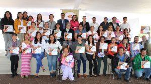 Entrega de reconocimientos a graduados del aula Atotonilco, en Hidalgo