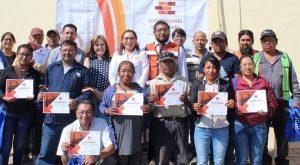 Entrega de reconocimientos en Villas de Tonanitla